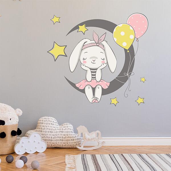Şirin Tavşan Duvar Sticker